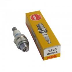 Candela di accensione CMR6A per macchine a scoppio Makita cod.0650109950